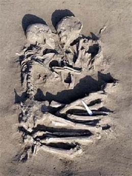 20100213193559-amp-esqueletos-abrazados-2007-02-06-2780.jpg
